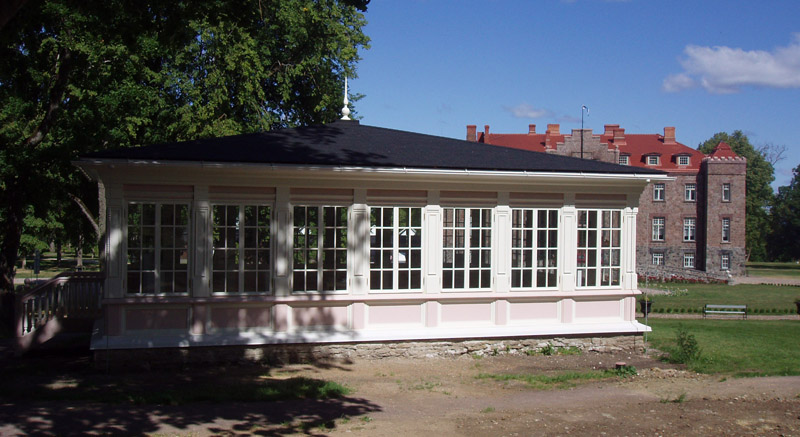 Kalvi mõisa paviljon